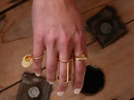 """Connection"" double knuckle ring"