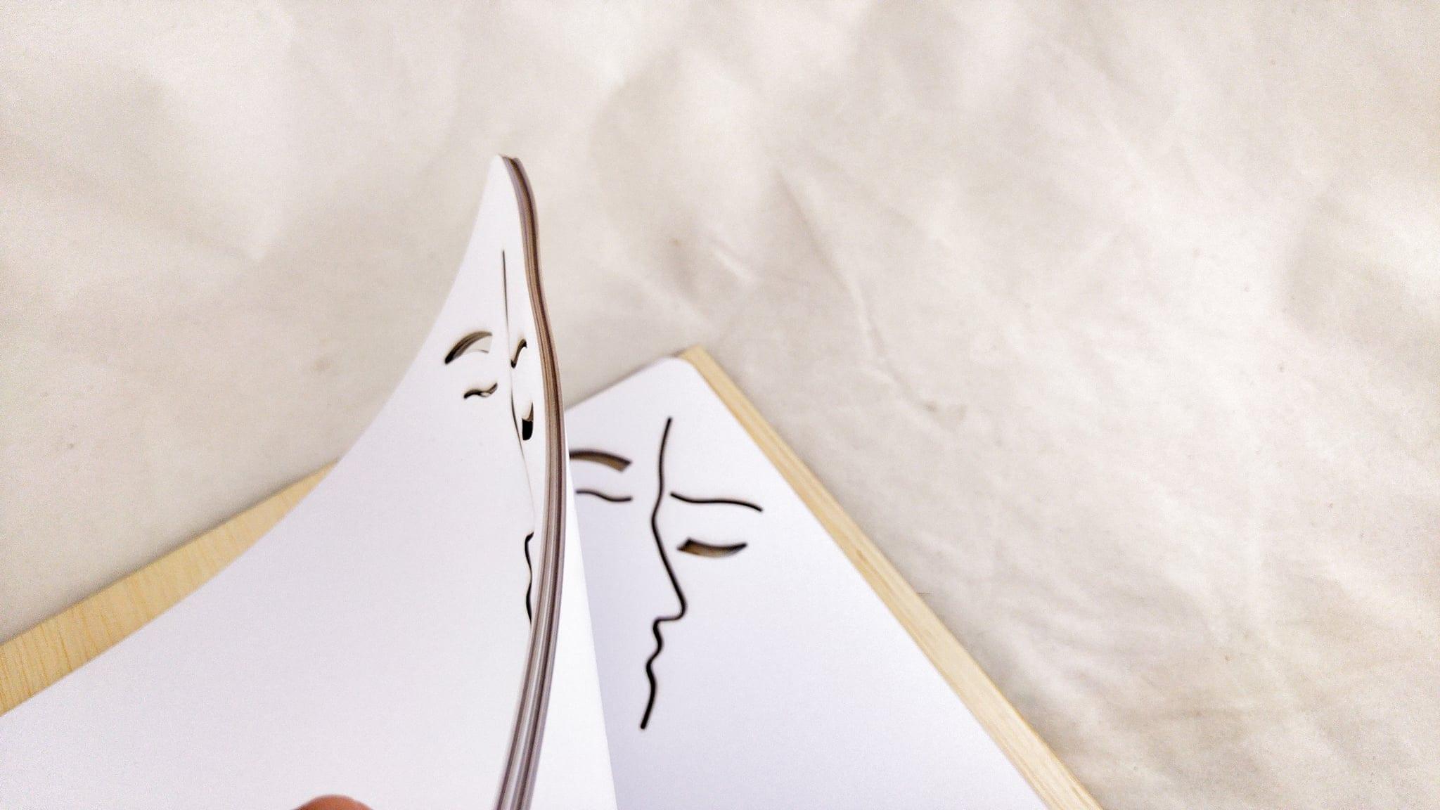 """Ευχολόγιο Γάμου """"The Kiss"""""""