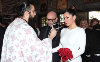 Δείτε τα στέφανα γάμου Πιερίδη – Κατριβέση