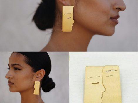 The Kiss Earrings